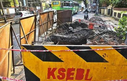 Dug-up roads in Kochi, suburban towns add to commuters' woes
