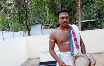Sopanam singer alleges caste discrimination