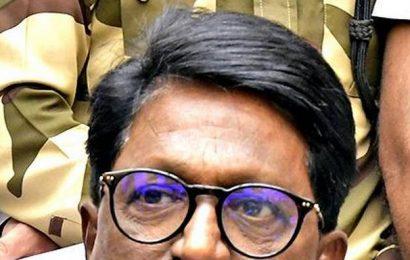 Waikar, Sawant may not get perks to skirt 'office of profit' row in Maharashtra