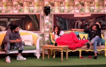 Bigg Boss 13 February 8 episode Weekend Ka Vaar LIVE UPDATES
