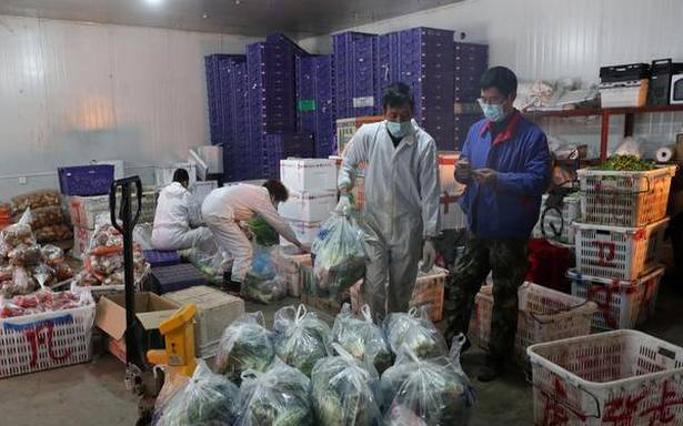 Coronavirus: death toll in China exceeds 2,100