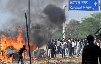 Violence continues for third day in northeast Delhi, death toll rises to 7