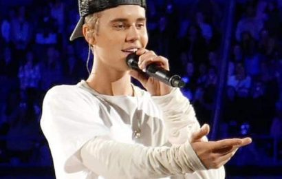 Justin Bieber claims he'd beat Tom Cruise in a fight, calls himself the Conor McGregor of entertainment   Bollywood Life