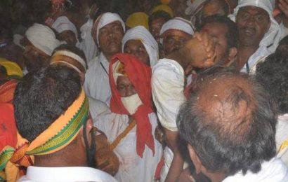 Roar of devotees rent the air as Samakka reaches the altar