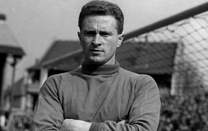 Harry Gregg, former Manchester United player and Munich hero, dies at 87