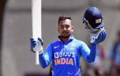 Prithivi Shaw makes Test comeback, Mayank Agarwal replaces Rohit for ODI series against New Zealand