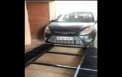 Anand Mahindra shares unique car parking technique video. 'Creative' say netizens