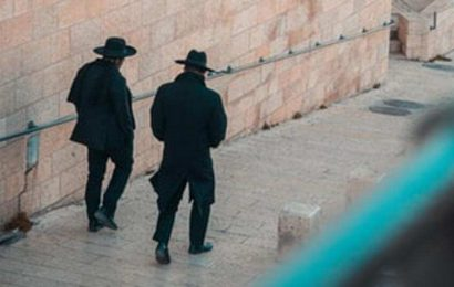 'No one knows, not my wife, not my parents': The 'double life' of ultra-Orthodox Jews in Israel