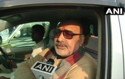 'Just gone shopping': Giriraj Singh denies AAP's charge of bribing voters