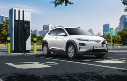 Carmakers can't turn out EVs cheap enough to convert Indians