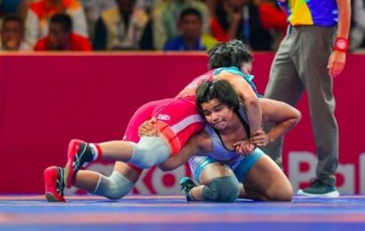 Asian Wrestling Championships: Divya Kakran seals the bout with her signature move