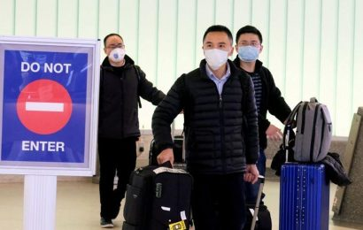 Russia halts Chinese visa-free tourism, work visas over virus
