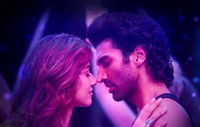 Malang box office collection Day 2: Aditya Roy Kapur-Disha Patani starrer mints Rs 15.60 crore