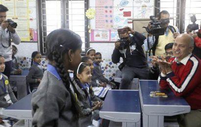 Dash of happiness for Melania at Delhi school