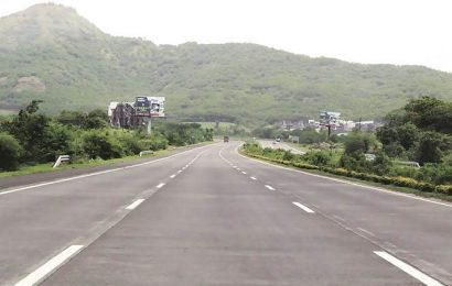 Pedestrian knocked down on Pune-Mumbai Expressway, run over by several vehicles