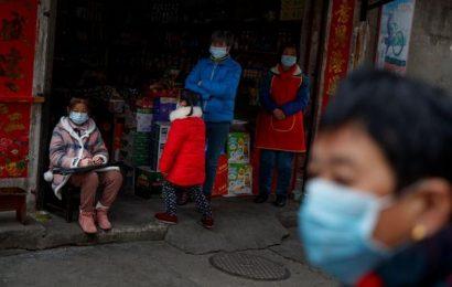 Coronavirus kills 425 in China as country admits 'shortcomings' in response