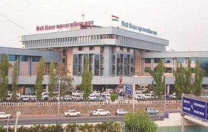 Pune: PCMC begins clearing 3 rivers of encroachment