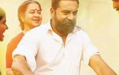 Vaanam Kottatum meta review: Vikram Prabhu's family drama is predictable fare   Bollywood Life