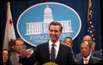 Coronavirus Fight: California, New York Governors Call for Bars to Close