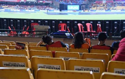 Despite COVID-19 concerns, BCCI holds decision on IPL