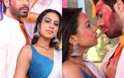 Naagin 4: Nia Sharma and Vijayendra Kumeria's sizzling Holi sequence looks unmissable – view pics   Bollywood Life
