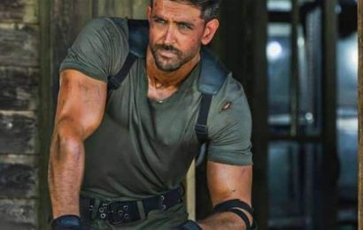 Zee Cine Awards 2020: Hrithik Roshan to pay tribute to his 20 years in the industry in THIS manner   Bollywood Life