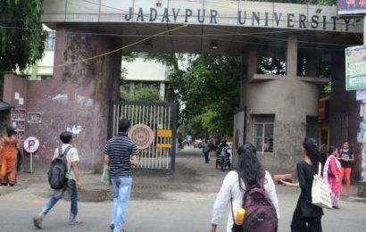 Polish student in Kolkata told to leave India