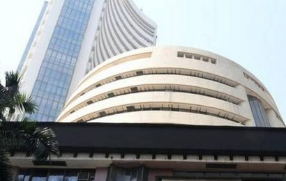 Business Live: Sensex falls over 1,600 points; Nifty at key support as stocks near bear territory