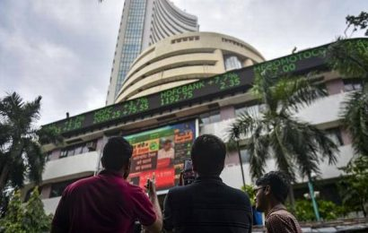 Sensex falls 2% intraday as virus cases increase