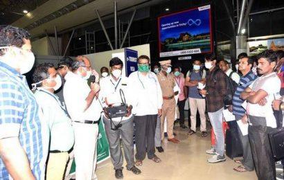 22 air passengers quarantined at Kallikudi