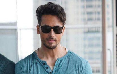 Tiger Shroff's melodious singing in 'quarantakshari' impresses Arjun Kapoor, calls him 'Talent ka Vulcano'. Watch video