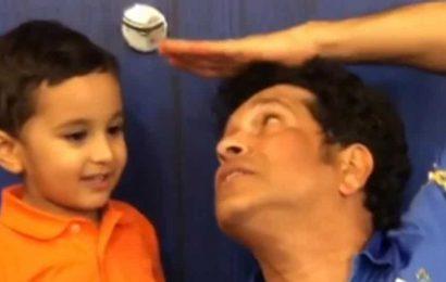 'Super Hero Mode On':Irfan Pathan's son boxes with Sachin Tendulkar – Watch