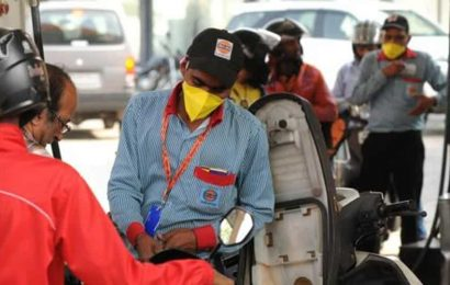 Centre to raise fuel taxes to minimise fiscal fallout