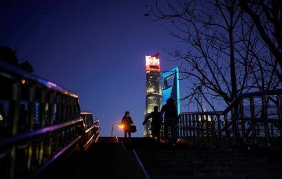 Coronavirus:China to deport Australian woman for breaking home quarantine rule