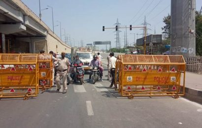 India lockdown: Violators to be fined or jailed, says govt