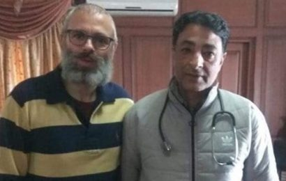 Another picture of Omar Abdullah sporting unkempt beard surfaces on social media