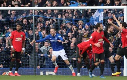Everton hold Manchester United after late goal ruled out by VAR