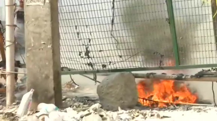 Petrol bombs hurled at Shaheen Bagh protest site, police suspect internal feud