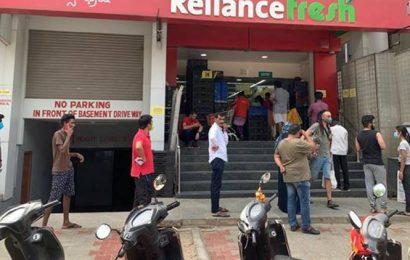 Karnataka: 'Pass system' for movement in Bengaluru; stamping extended