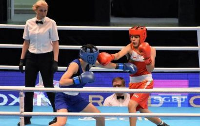 Sakshi advances to quarterfinals