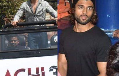 It's Awkward! THESE pics of Tiger Shroff, Vijay Deverakonda and Yo Yo Honey Singh are beyond hilarious | Bollywood Life