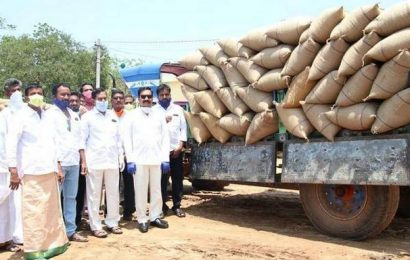 Farmers donate rice to one lakh villagers in Sarvepalli