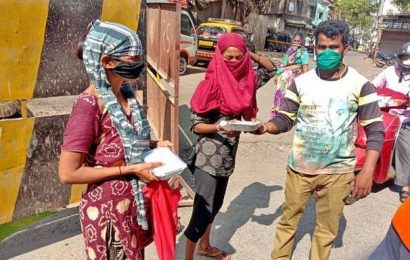 Rotary Club of Bombay lends a hand to the needy