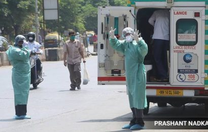 'Pandemic won't stop due to lockdown, it will continue to spread'