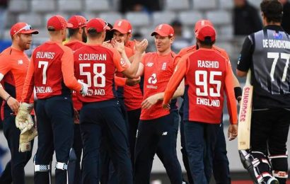 England players donate, take pay cuts amid coronavirus shutdown