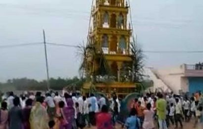 Scores attend temple chariot festival in Karnataka village, 5 held