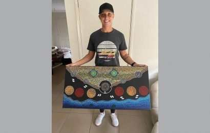 Cricketer Ashleigh Gardner is beating lockdown boredom with art. See pics