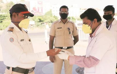 Pune: After 9 cops test positive, over 100 police chowkis suspend operations temporarily