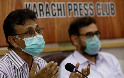 'Fear we don't start treating Covid-19 patients on road': Pakistan doctors say they are running out of beds