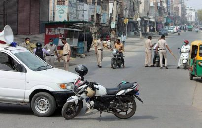 Gujarat: Ambulance driver booked for allegedly ferrying 7 persons to Una taluka village